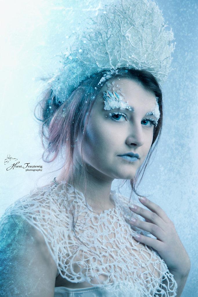 Alina-IceQueen-5389-verkleinert.jpg